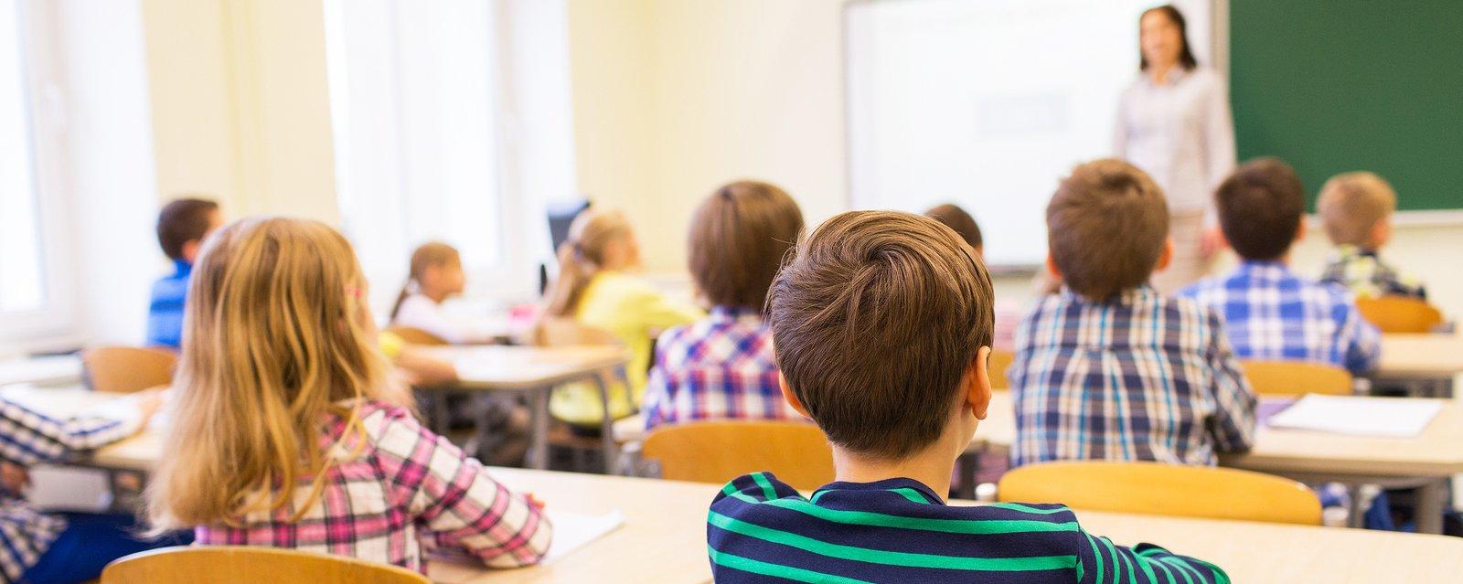 Специалисты службы «Телефон доверия» провели цикл лекций для учащихся