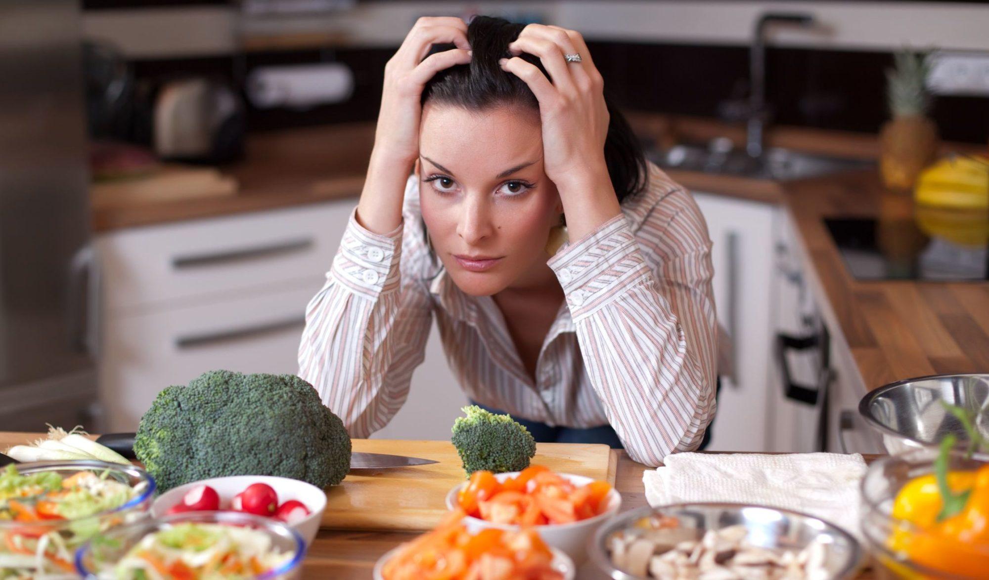 Специалисты предупреждают: худеть к Новому году не полезно!