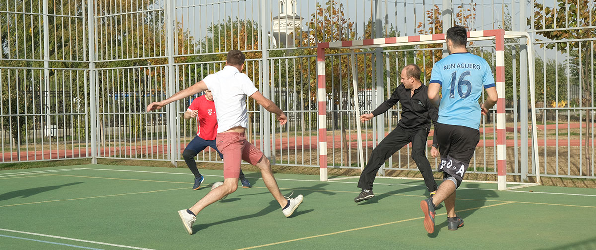 В Ставрополе прошли соревнования по футболу за Кубок психического здоровья